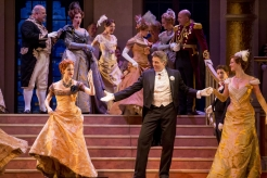 """11/11/15 1:43:33 PM -- The Lyric Opera of Chicago Presents """"The Merry Widow"""" Renee Fleming © Todd Rosenberg Photography 2015"""